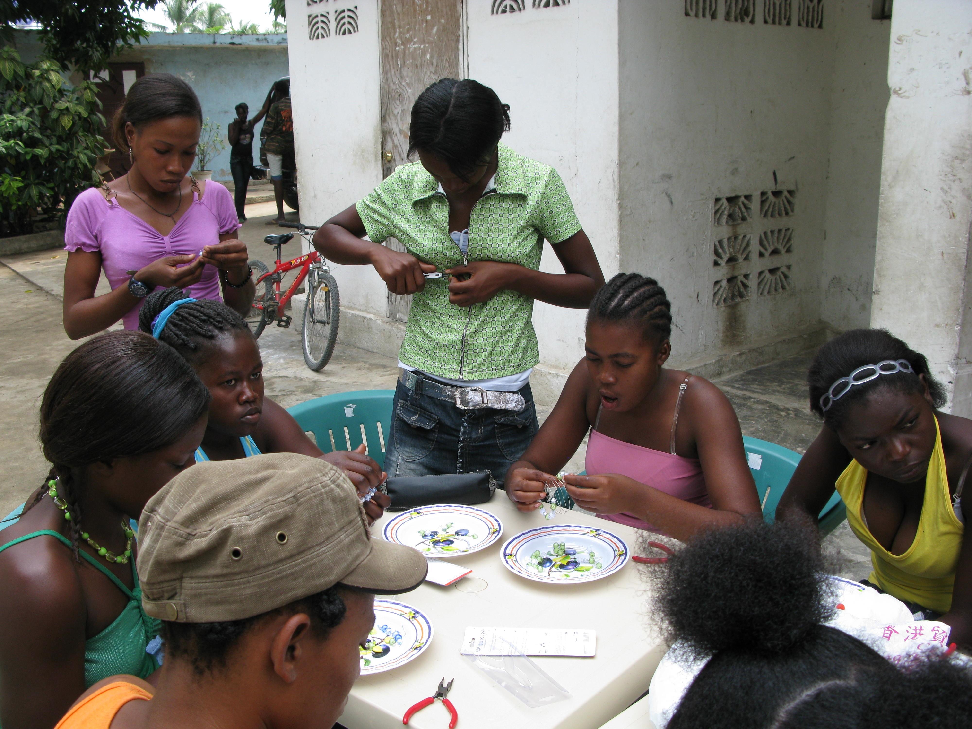 Woman , Haitian Women Bathing , Haitian Women White Men , Hot Haitian
